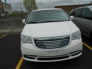 2013 Chrysler Town & Country Touring, No Accident;CERTIFIED