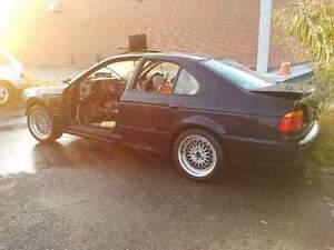 BMW  E39, 525, 528, 530,  540, M5  PART OUT