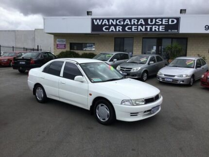 2002 Mitsubishi Lancer CE GLXi White 4 Speed Automatic Sedan Wangara Wanneroo Area Preview