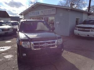 2009 Ford Escape XLT Fully Certified and Etested!