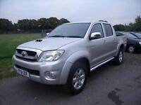 TOYOTA HILUX INVINCIBLE 4X4 D-4D DCB, Silver, Auto, Diesel, 2012