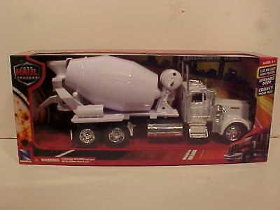 Cement Mixer Semi Truck Kenworth W900 Die-cast 1:32 by Newray 12 inch - Mixer Truck