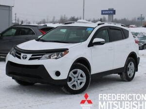 2015 Toyota RAV4 LE AWD | HEATED SEATS | BACK UP CAM