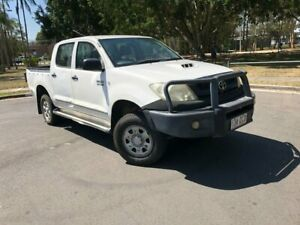 2009 Toyota Hilux KUN26R 09 Upgra SR (4x4) White 4 Speed Automatic Dual Cab Pick-up Woodridge Logan Area Preview