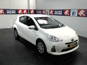 2012 Toyota Prius c NHP10R Hybrid White Continuous Variable Hatchback Cardiff Lake Macquarie Area Preview