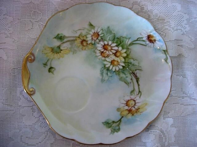 Signed Vintage Hand Painted Daisies Plate-Made in Japan