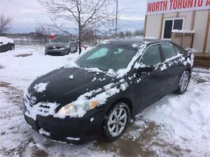 2011 TOYOTA CAMRY LE - LEATHER - ALLOY RIMS - LOW KM - CLEAN