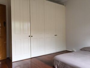 $300 FULLY FURNISHED HOUSE SHARE HUGE BEDROOM FOR RENT IN MASCOT Mascot Rockdale Area Preview