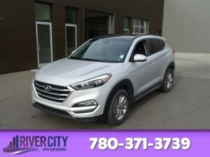 2017 Hyundai Tucson AWD LUXURY Leather,  Heated Seats,  Panorami