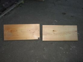Two Shelves for sale . Size : W=60cm , D=26cm each . £5 for both