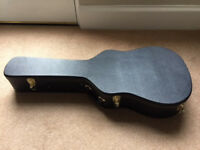 Hard guitar case in fantastic condition, never used