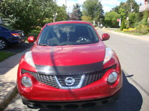 NISSAN JUKE VS ROUGE 2011