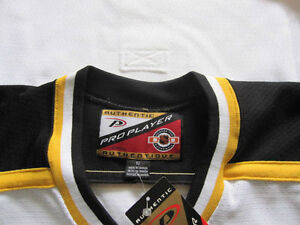 **BRAND NEW WITH TAGS** AUTHENTIC PRO BOSTON BRUINS JERSEY Cornwall Ontario image 2