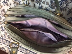 Grey Leather Coach Purse (Used)