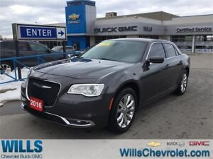 2016 Chrysler 300 TOURING | AWD | LEATHER | SUNROOF