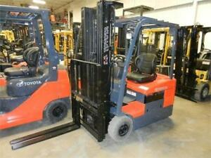 Plusieurs chassis 3 roues Toyota Yale Hyster 4000 lbs 3 wheels