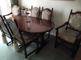 Beautiful 'Old Charm' Lancaster Oval Dining Table and 6 Chairs in Tudor Oak
