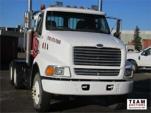 2000 Sterling Day Cab T/A Highway Tractor