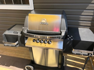 BROIL KING CROWN B-B-Q