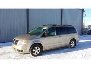 2008 Dodge Grand Caravan SXT - Loaded - **MONSTER BLOWOUT SALE**