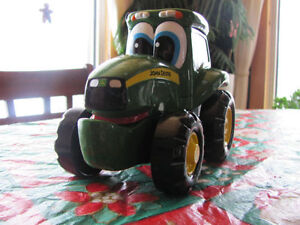 John Deere Stacking Johnny Tractor