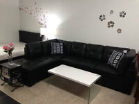BLACK BONDED LEATHER SECTIONAL SOFA IN SPECIAL 799$
