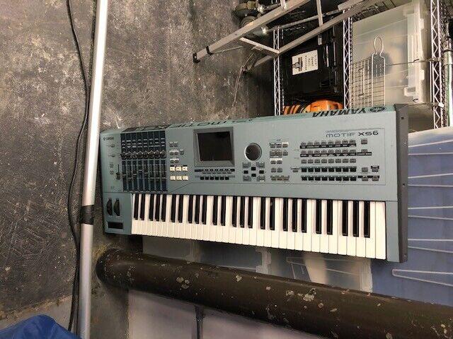 Yamaha Motif XS6 Music Workstation Synthesizer