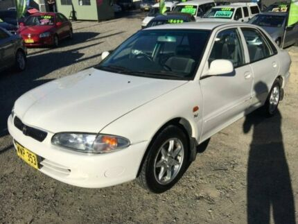 2000 Proton Persona XLI White 3 Speed Automatic Aeroback Jewells Lake Macquarie Area Preview