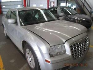 Chrysler 300 Parting out - 2006