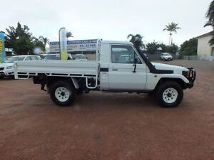2002 Toyota Landcruiser HZJ79R (4x4) White 5 Speed Manual Cab Chassis Hyde Park Townsville City Preview