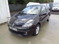 RENAULT CLIO DYNAMIQUE 2006 3 DOOR BLACK 1.4 PETROL 70,000 MILES MOT TILL 10//06/17 IDEAL FIRST CAR
