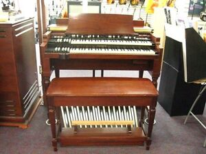 Hammond B3 Mk 2-Organ with Leslie Speaker and Bench-New Store Demo-Deal!