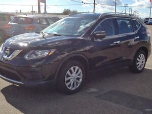 READY FOR WIMTER   2014 NISSAN ROGUE  AWD