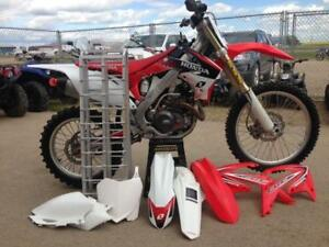 VERY CLEAN HONDA CRF450R FUEL INJECTION DIRTBIKE 2012 (REDUCED)