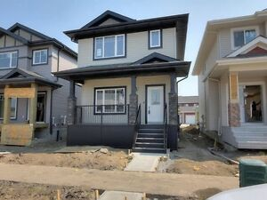 1414 FT2 DETACHED GARAGE HOME FOR SALE
