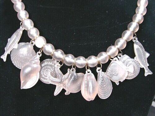 """18"""" Vintage Lustrous Lucite Pale Lilac Color Bead Necklace c/ Sea Shells & Fish"""
