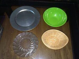 2 Serving Dishes, a Bowl & Basket Edmonton Edmonton Area image 1