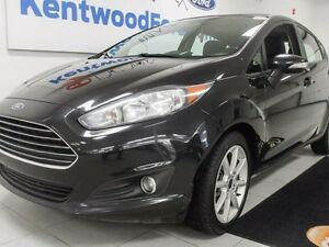 2014 Ford Fiesta SE in all black WITH heated seats