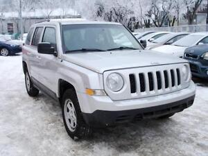 """ REDUCED "" 2012 JEEP PATRIOT NORTH SPORT 4X4 AUTO-100% FINANCE! Edmonton Edmonton Area image 2"