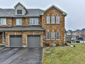 AMAZING 3+1Bedroom Town House @VAUGHAN $998,000 ONLY