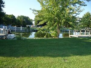 X-Wide (116ft) waterfront canal corner lot Lake St-Clair! Windsor Region Ontario image 2