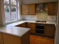 Spacious 3 Double Bedroom House In The Heart Of Raynes Park