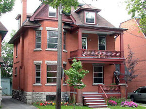 Centretown. Spacious & Sunny, 2 plus bedrooms