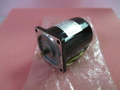 Oriental Motor 2RK6GK-A2, Reversible Motor, 6W 100V 50/60 Hz, 405557