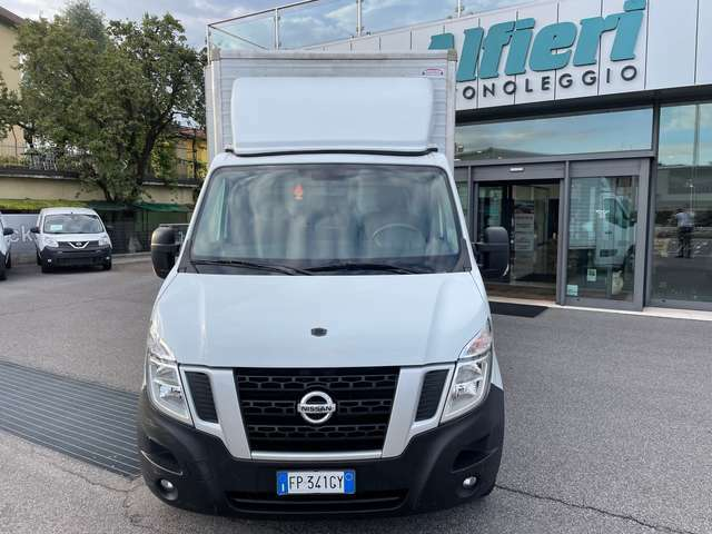 Nissan NV400 35 2.3dCi 130CV Container 4040x2050x2140 kg 1050