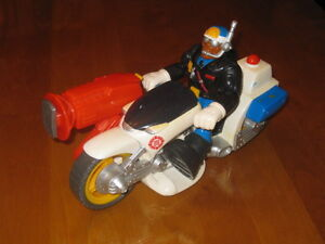 Justice Jake, Motorcycle Police Officer - Fisher Price #77089