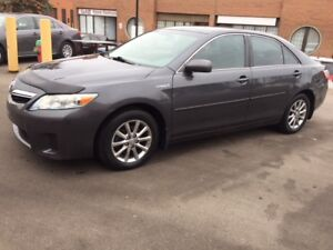 2010 Toyota Camry Hybrid 100% accident free, certified