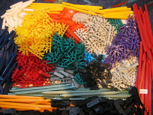 Big-lot-of-Assorted-selection-of-Knex-550-pieces