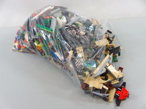 9 Lb Bulk Lot of Assorted Loose LEGO Bricks, Pieces, and Parts - LOT