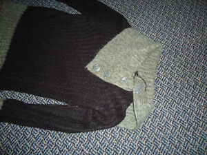 Ladies Size Small Acrylic Black and Grey Sweater Kingston Kingston Area image 2